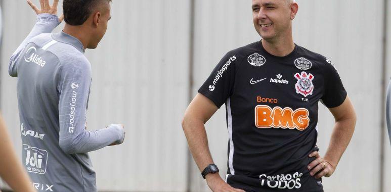 Cantillo - Tiago Nunes - Corinthians