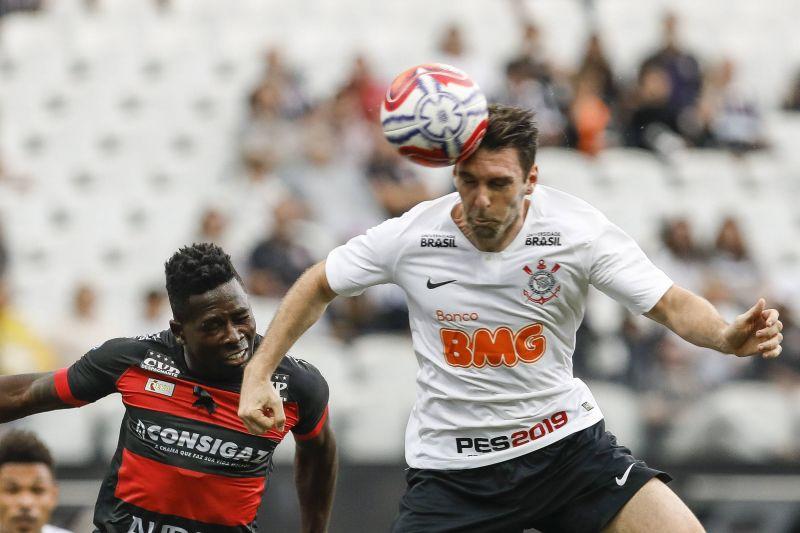 Corinthians x Oeste