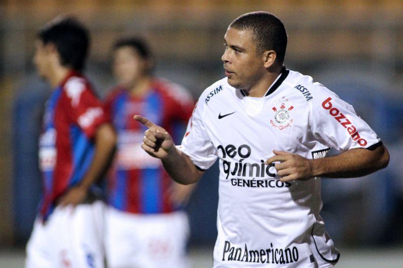 Ronaldo - Corinthians Neo Quimica