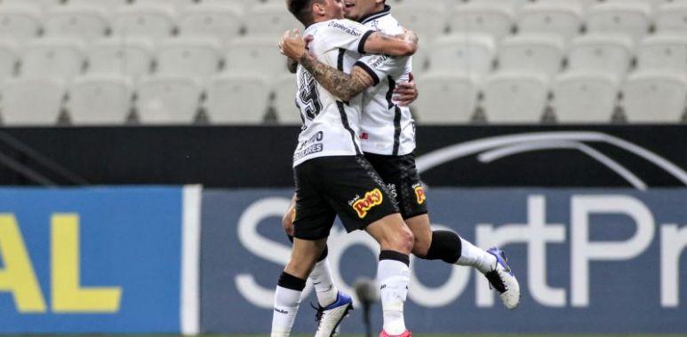 Fagner - Gol - Corinthians