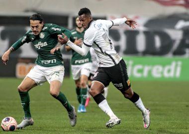 Jô - Corinthians x Palmeiras
