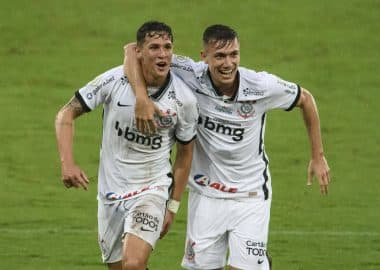 Botafogo 0 x 2 Corinthians - Mateus Vital