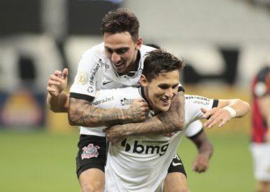 Mateus VItal - Gol - Corinthians
